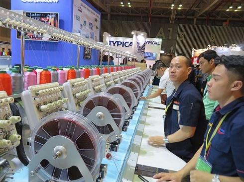 TPHCM: Chuỗi triển lãm thúc đẩy ngành Dệt may và Da giầy Việt Nam vươn tầm