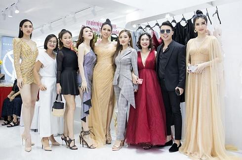 Thương hiệu thời trang cao cấp VANANHSCARLET khai trương hàng loạt showroom mới