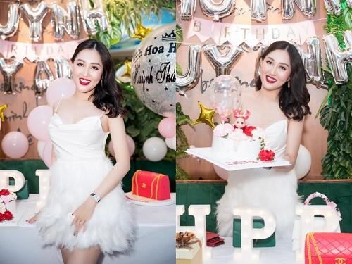 Dàn hoa hậu hội ngộ, mừng sinh nhật hoa hậu Huỳnh Thúy Anh