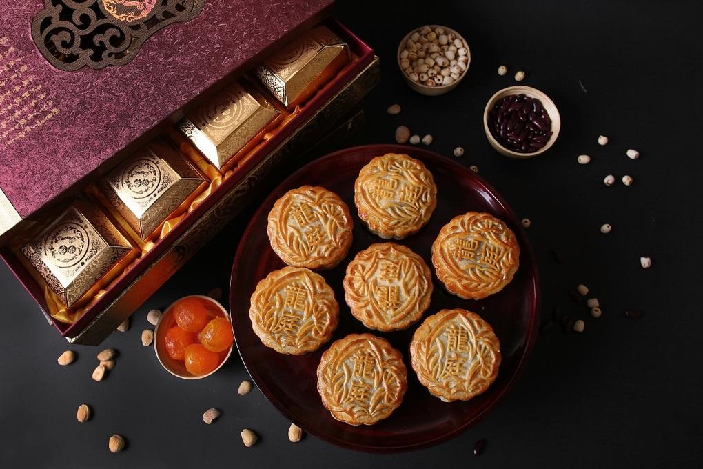 Bánh Trung thu phong cách Hong Kong của Long Đình