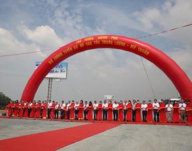 Thủ tướng cắt băng thông tuyến cao tốc Trung Lương - Mỹ Thuận