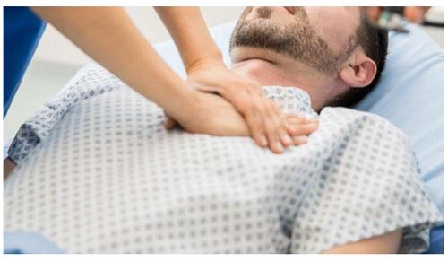 """Đừng chủ quan với kiểu đau ngực sau: Rất có thể đây là """"triệu chứng vàng"""" cảnh báo đột tử"""