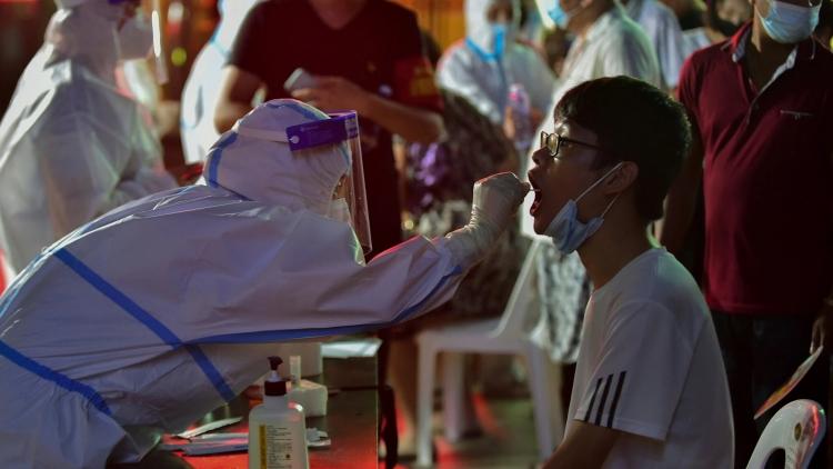 Trung Quốc tiêm vaccine Covid-19 cho trẻ em: Tiến độ và cách thức triển khai
